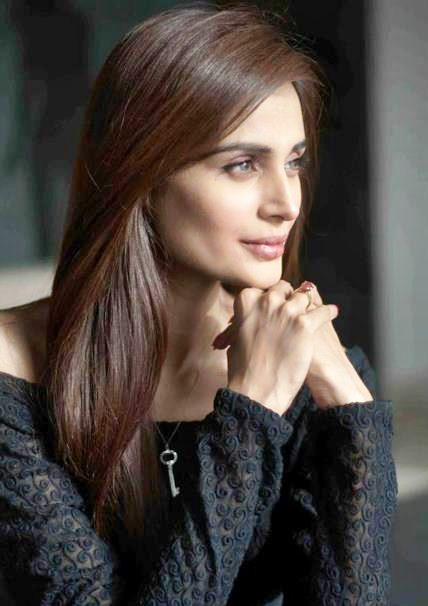 Mehreen Syed Hairstyles