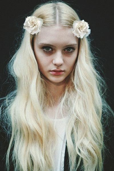 Nastya Kusakinas Bohemian Hairstyle With Matte Texture
