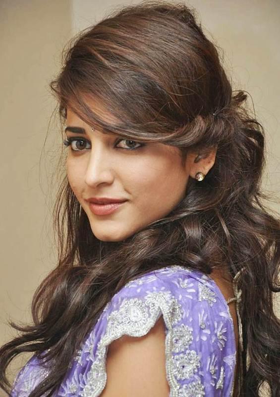 Shruti Haasan Hairstyles