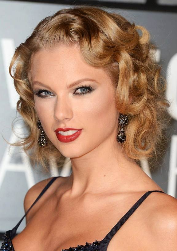 Taylor Swifts Curly Retro Bob Prom Wedding Formal