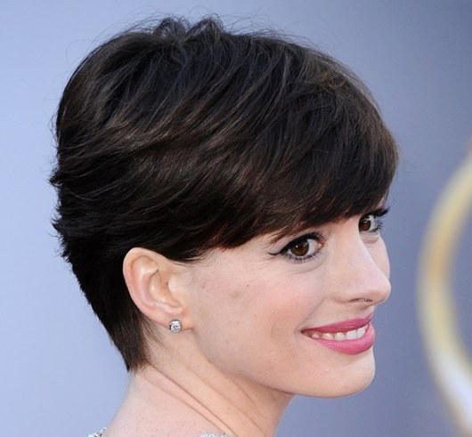 Anne Hathaway Short Hairstyle Casual Everyday