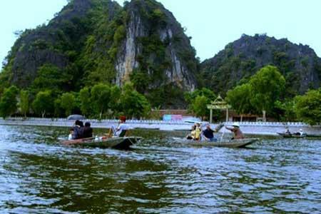 Ninh Binh, Bai Dinh Pagoda, Tam Coc–Bich Dong National Park