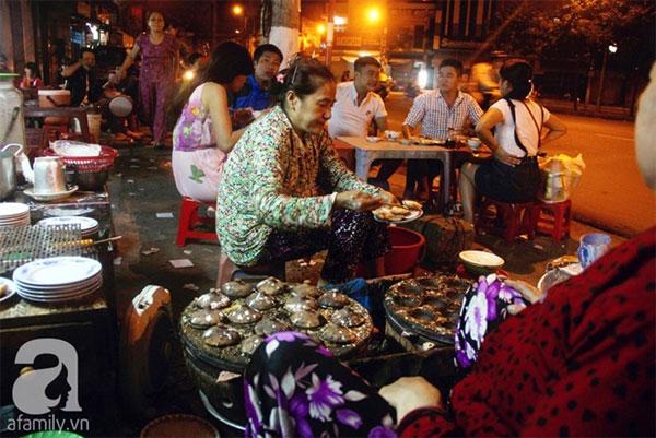 Khanh Hoa, tropical fruit, banh khot, banh can, pancake, Vietnam economy, Vietnamnet bridge, English news about Vietnam, Vietnam news, news about Vietnam, English news, Vietnamnet news, latest news on Vietnam, Vietnam
