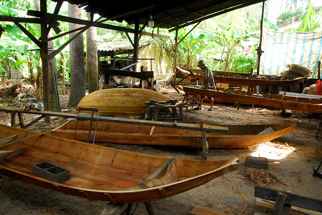 Boat-making villages busy in Mekong Delta flood season, social news, vietnamnet bridge, english news, Vietnam news, news Vietnam, vietnamnet news, Vietnam net news, Vietnam latest news, vn news, Vietnam breaking news