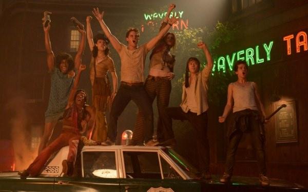 【影評】《石牆風暴》Stonewall 犯了歧視毛病的反歧視電影 - 雀雀看電影