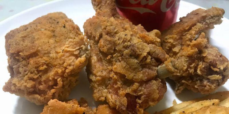 台中烏日│哈卡啦美式炸雞-烏日店*深夜裡的超平價炸雞套餐!雞腿雞塊雞翅雞米花脆薯與可樂全部梭哈竟然只要100元!