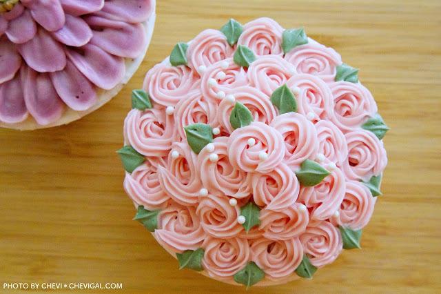 逢甲商圈│LUSI CAFE*逢甲甜點店新開幕,精緻韓式奶油杯子蛋糕美到冒泡