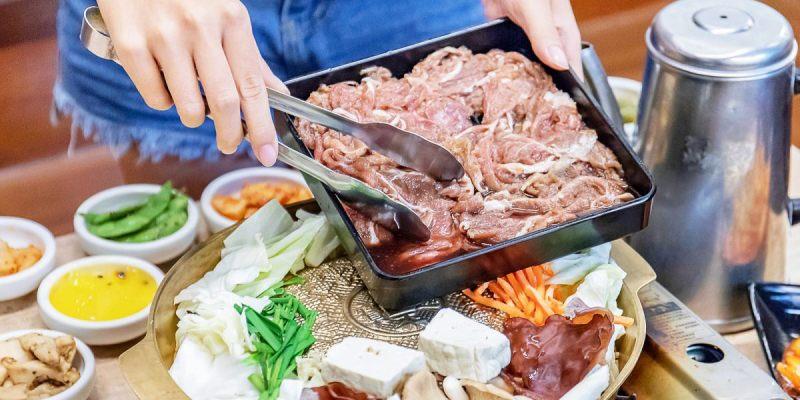 台中老字號韓式料理,多達近80種韓式料理任你挑,還有50種小菜讓你吃到飽!