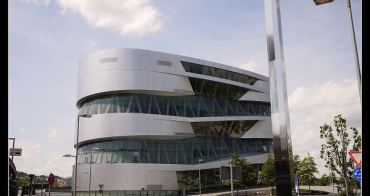 (歐洲) 德國斯圖加特 Mercedes-Benz賓士博物館-見證全世界第一台汽車的發明!