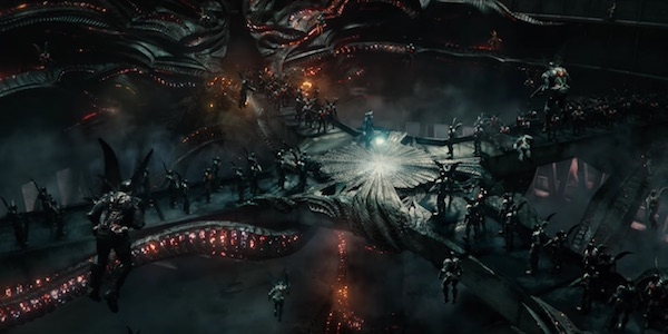 Steppenwolf and Parademons in Justice League