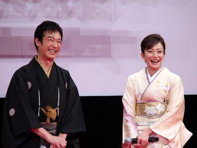 堺雅人&菅野美穂、結婚へ 『大奥』で出会い交際3か月|シネマトゥデイ