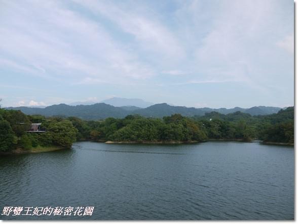 【苗栗景點】全台唯一湖中島~日新島水榭樓台島上咖啡