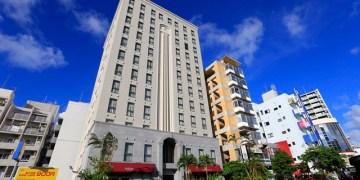 ▌沖繩住宿推薦▌那霸高CP值飯店♥自由花園飯店Libre Garden Hotel♥一晚平均兩千多、新都心站3~5分鐘、近DFS免稅店、OTS租車、對面有大國藥妝
