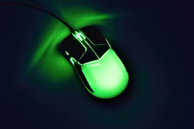 i-rocks M20E多彩炫光遊戲滑鼠開箱分享, 電鍍幻彩 與眾不同