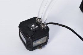 LEPA EXllusion 240水冷散熱器 /強襲制冷水色可調