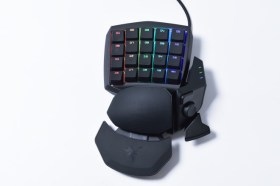 Razer Orbweaver Chroma 左手鍵盤 實測分享 / Razer 青軸 可調式設計