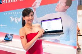 Lenovo三創快閃店 現場體驗虛擬實境