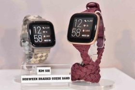 Fibit全新語音智慧手錶 Versa 2來啦 外型功能和Apple Watch有得拚!!