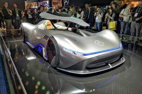 賓士傳奇銀劍再現 Vision EQ Silver Arrow將現身2020世界新車大展