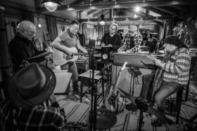 美國搖滾教父最新專輯製作全紀錄    Apple TV+ 10/23 全球獨家推出