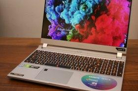 為創作者與遊戲玩家而生 技嘉 AERO 15 冰晶銀超窄邊框筆電開箱評測