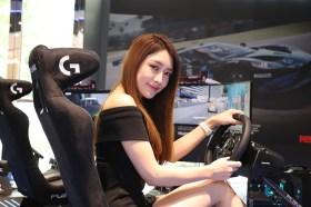 隨時享受駕馭的樂趣!Logitech G賽車駕駛套裝 G923 方向盤/踏板開箱+熱血賽事分享