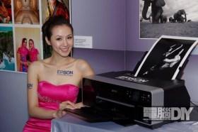 EPSON Stylus Photo R3000/R2000 A3+新印表機種,滿足影像工作者的需求