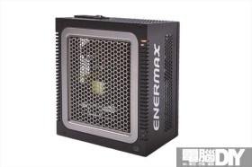 數位監控 無須風扇 Enermax 數控無風冰核550W電源供應器