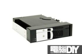 CyberSLIM S623 2.5吋/3.5吋硬碟抽取盒