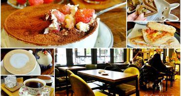 台中鬆餅大推薦!芒果樹咖啡獨特鬆餅口感超獨特,提拉米蘇加草莓怎麼能不帶他走