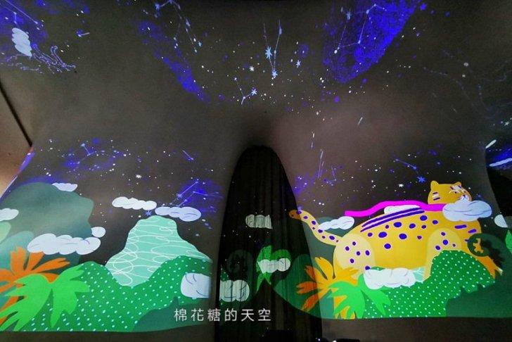20191218164224 65 - 一年一度台中聖誕夢幻光影秀只有這裡有!中西合併超有氣氛!