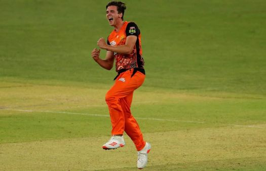 Jhye Richardson Guides Perth Scorchers To A Win Against ...