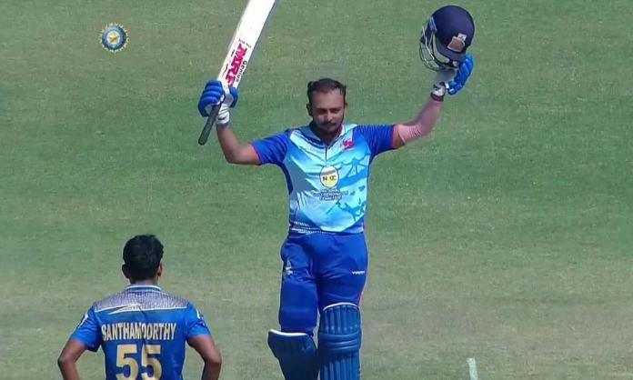 Cricket Image for पृथ्वी शॉ ने धमाकेदार दोहरा शतक जड़कर बनाया वर्ल्ड रिकॉर्ड, मुंबई ने खड़ा किया 457