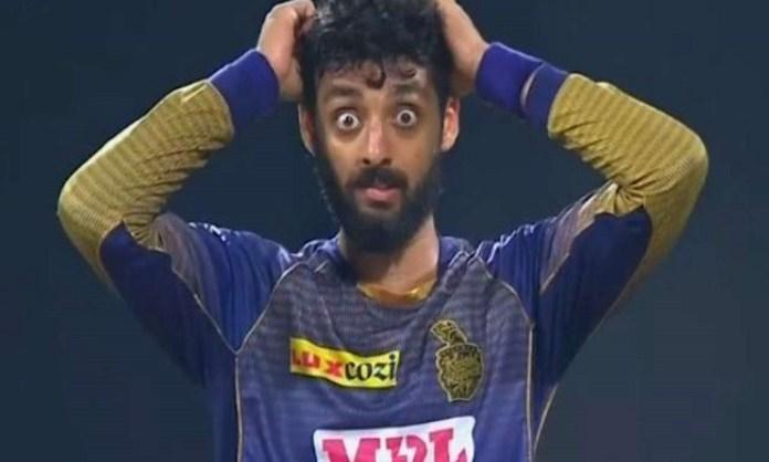 Cricket Image for वरुण चक्रवर्ती इंग्लैंड के खिलाफ T20 सीरीज से हो सकते हैं बाहर, 'मिस्ट्री स्पिनर'