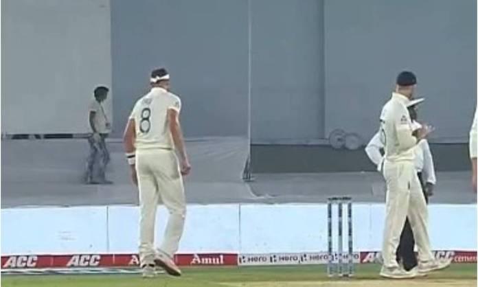 Cricket Image for पहले झूठा कैच और फिर गेंद से छेड़छाड़ , स्टोक्स की बेईमानी पर अंपायरों ने लगाई