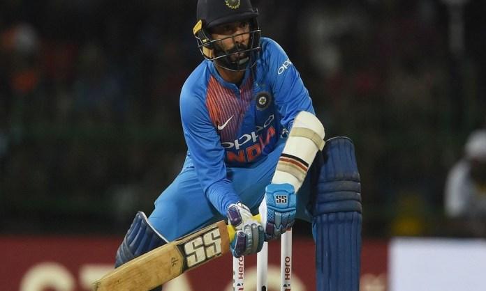 Cricket Image for दिनेश कार्तिक खेलना चाहते हैं T20 वर्ल्ड कप, 35 साल की उम्र में भी नहीं बदले हैं D