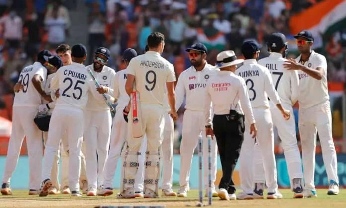 Cricket Image for टीम इंडिया ने रच डाला इतिहास, 143 साल के टेस्ट क्रिकेट इतिहास में ऐसा करने वाली पह