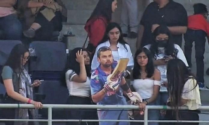 Cricket Image for Virat Kohli Super Fan Girl Pics Viral