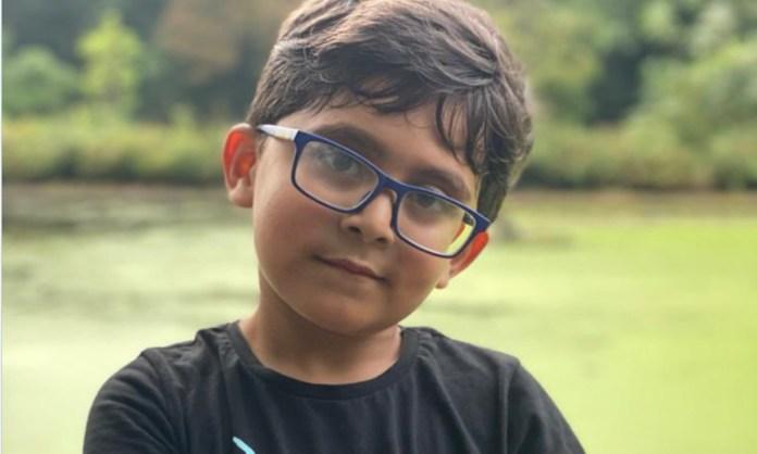Cricket Image for 6 साल के बच्चे का स्कूल में उड़ रहा था मजाक, पाकिस्तानी खिलाड़ियों ने बढ़ाया मासूम