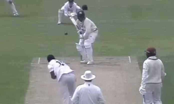 Cricket Image for WATCH : 'हवा में सांप की तरह लहराई गेंद', आर्चर की इस गेंद का नहीं था कोई जवाब