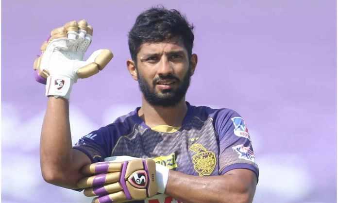 Cricket Image for पुलिस के हत्थे चढ़े केकेआर के राहुल त्रिपाठी, बिना मास्क घूमने पर पुलिस ने काटा चा
