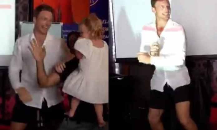 Cricket Image for WATCH : बेटी के साथ बटलर ने किया 'गंगनम स्टाइल डांस', सोशल मीडिया पर आग लगा रहा है
