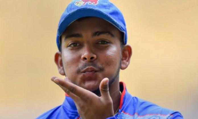 Cricket Image for मोटापे और ढीलेपन के चलते पृ्थ्वी शॉ पर गिरी गाज, चयनकर्ताओं ने दी ऋषभ पंत से सीखने