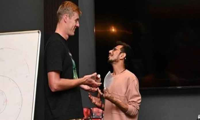 Cricket Image for Yuzvendra Chahal Became Hindi Teacher Of Kyle Jamison Martin Guptill Comments