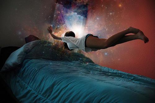 sueños recurrentes   / reencarnar