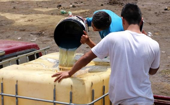 desabasto huachicoleros hacen su agosto vendiendo litros a 30 pesos 4