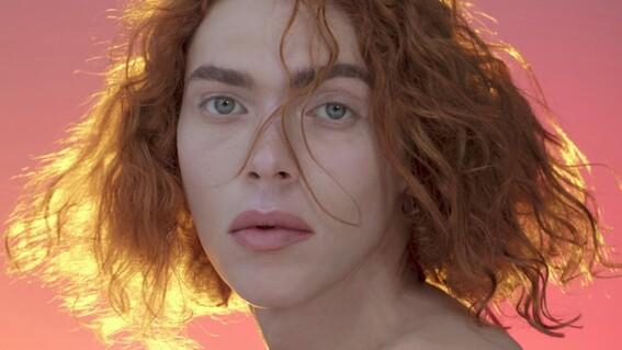 muere cantante sophie trans