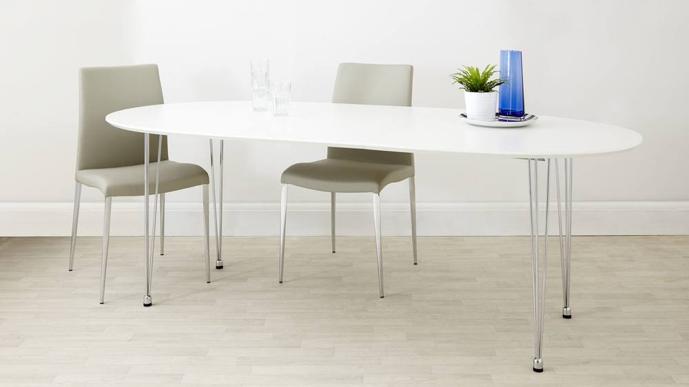 Ellie White Extendable Oval Dining Table Danetti