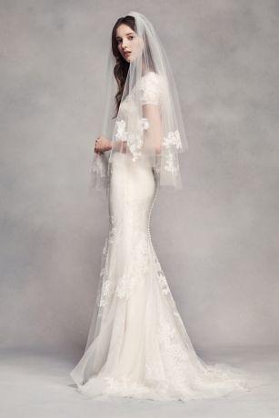 Fingertip Veil With Lace Appliques Davids Bridal