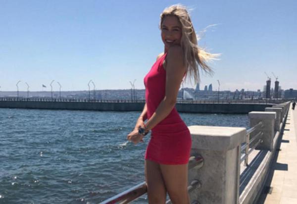 """Российская актриса Наталья Рудова едет в Баку на """"Формулу ..."""